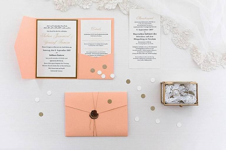 Sedef Yilmaz Hochzeitsfotografin Hochzeitsfotograf Berlin Brandenburg Moderne Hochzeit Brautkleid Brautstyling Hochzeitsfotografie Weddingphotographer Weddingphotoes Porträt