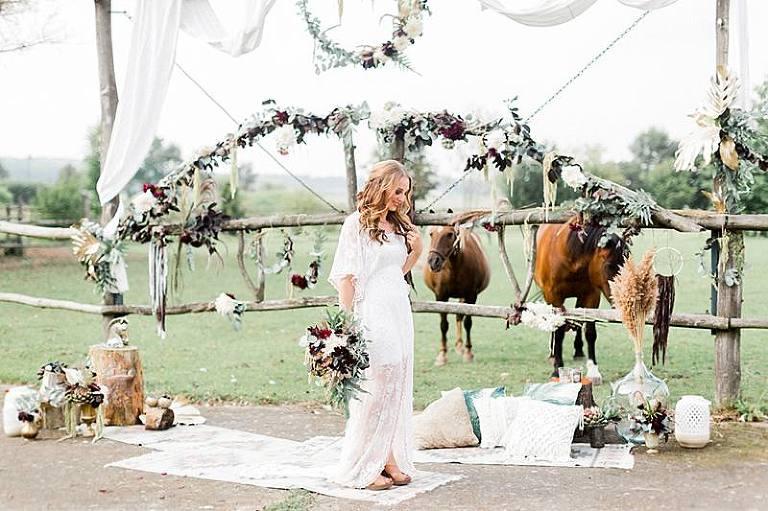 Boho Hochzeit Bohemian Wedding Hochzeitsfotografie Hochzeitskleid Hochzeitsfotograf Hochzeitsplanung Brautstyling Brautstrauß Braut Brautpaar